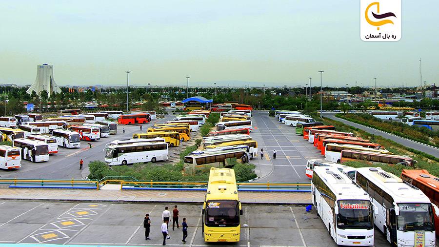 نمایی از پایانه اتوبوسرانی تهران
