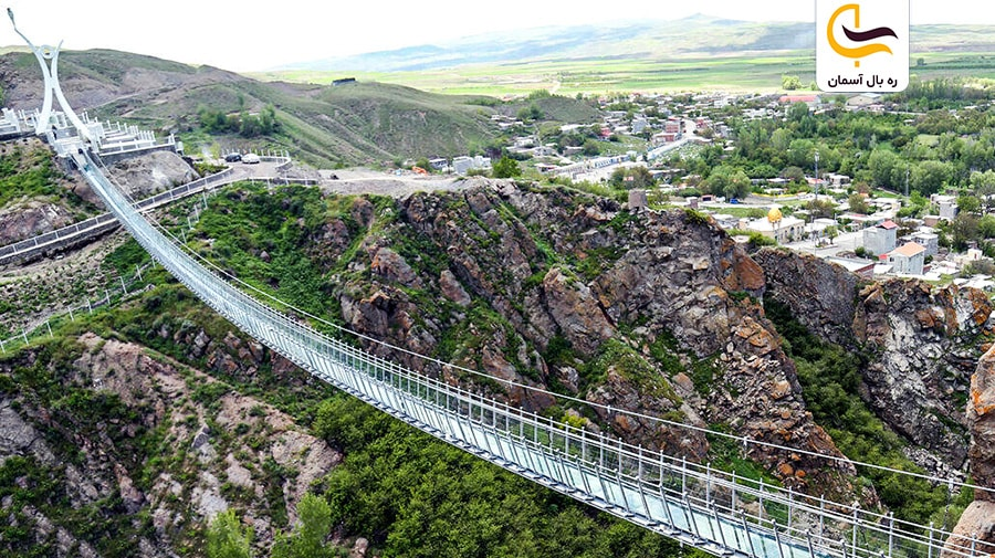 پل شیشهای اردبیل